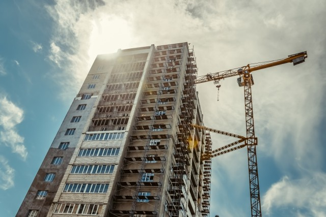 Apartment tower under construction at Milton
